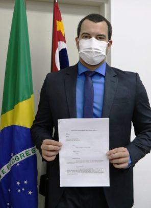 OSVALDO JUNIOR PLEITEIA CURSO PARA FOMENTAR A EDUCAÇÃO E CULTURA NO MUNICÍPIO